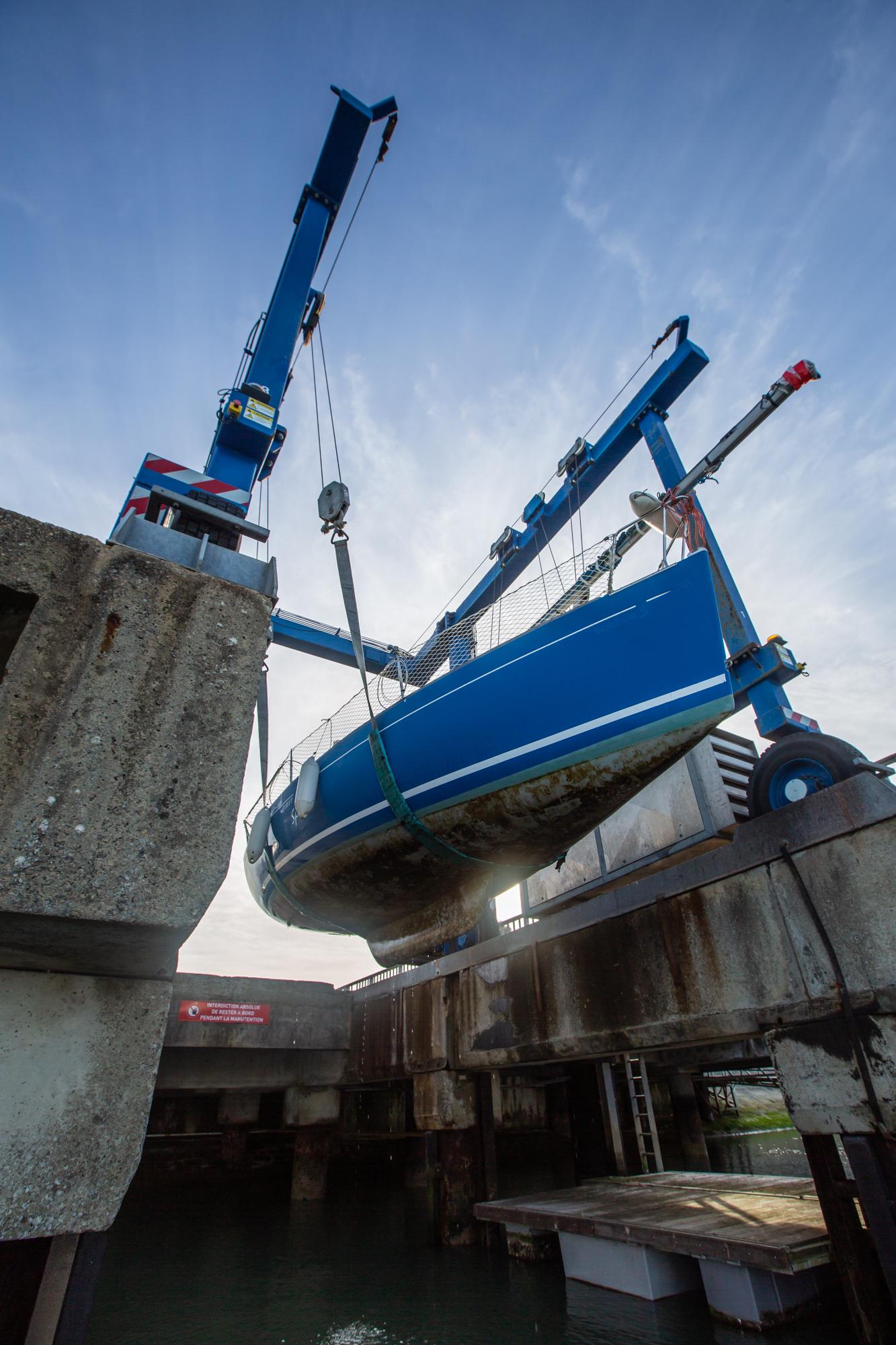 grutage les minimes voilier First 210 Per'Peinard